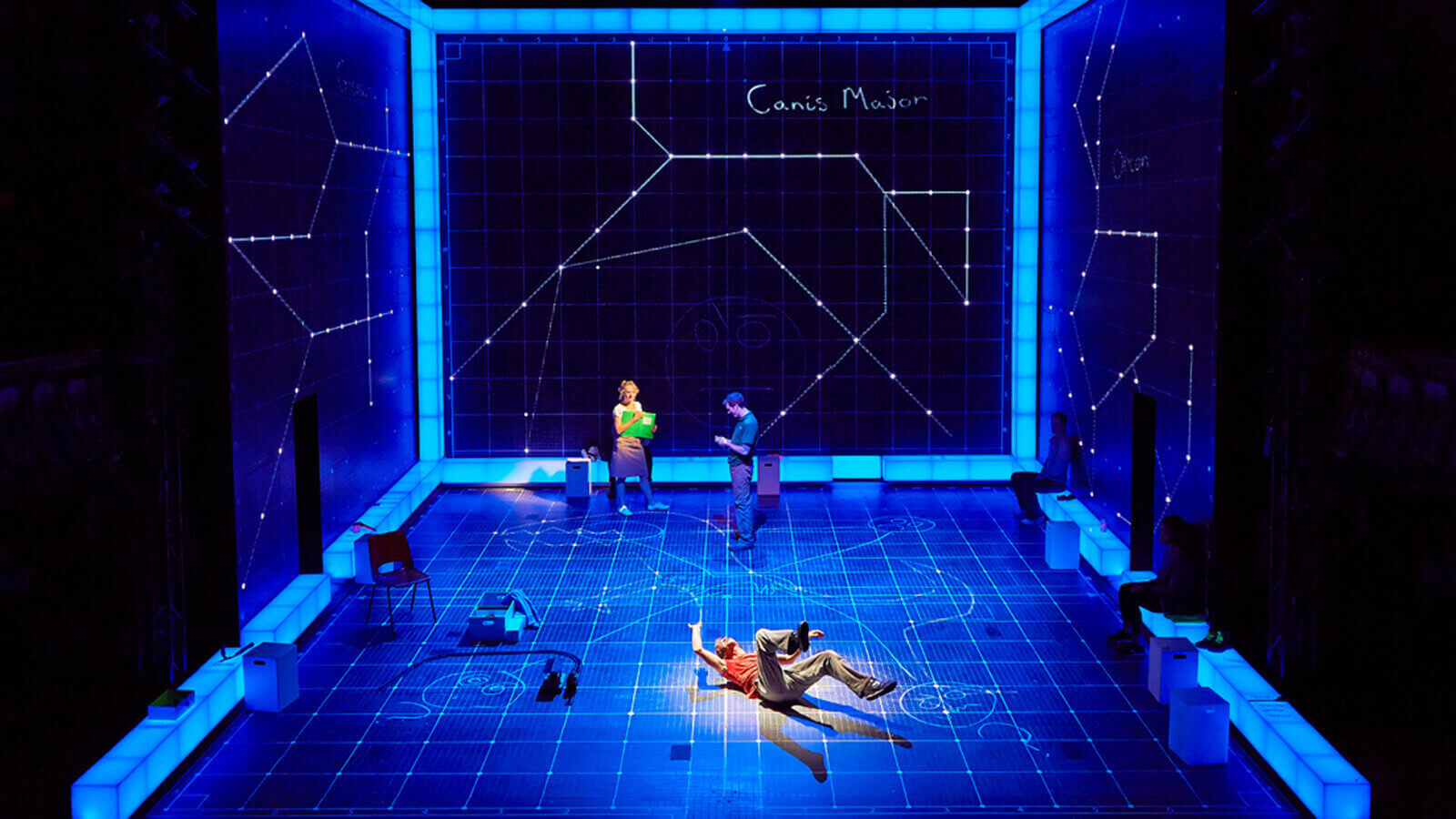The Curious Incident of the Dog in the Night-Time production photo